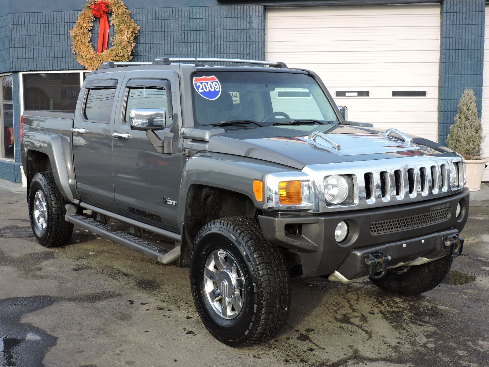 used 2009 hummer h3 h3t luxury at auto house usa saugus. Black Bedroom Furniture Sets. Home Design Ideas