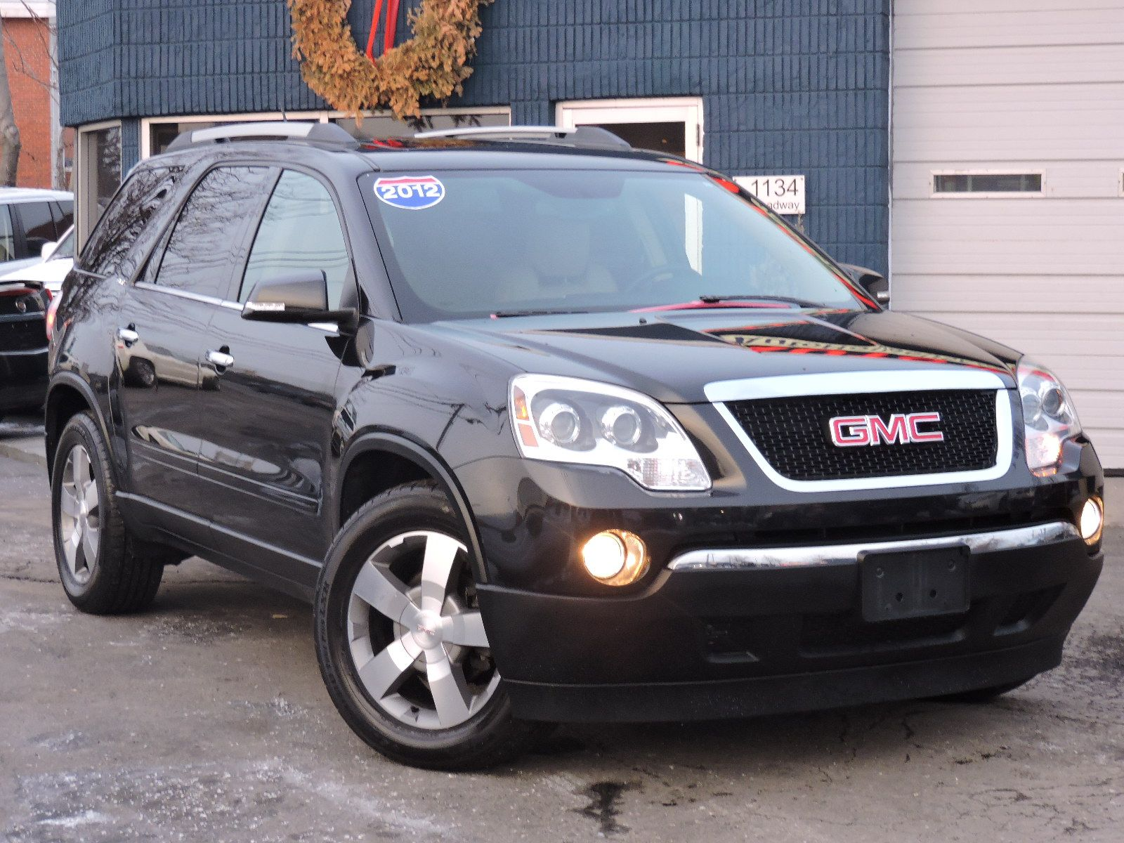 owned white more details inventory km vehicle low en diamond denali gmc in acadia used pre
