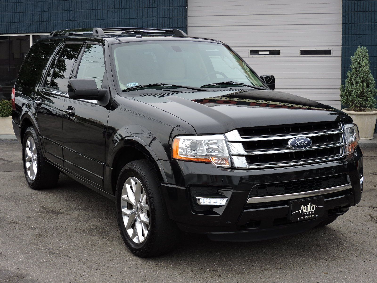 used 2015 ford expedition limited at auto house usa saugus. Black Bedroom Furniture Sets. Home Design Ideas