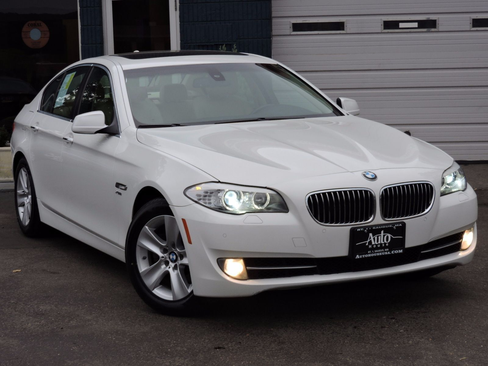 2013 BMW 5 Series 528i xDrive AWD